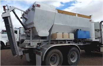 2001 Reimer 9 1/2 yard volumetric mixer