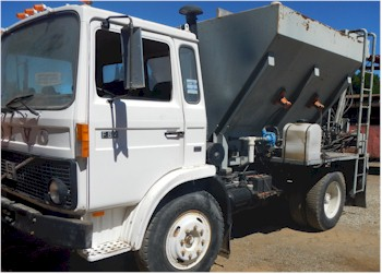 2002 Quick Mix 5yd Volumetric Mobile Concrete Mixer for Sale