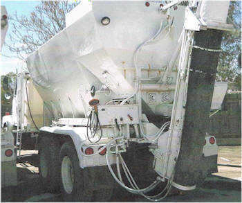2000 Reimer 10yd Mobile Volumetric Concrete Mixer for Sale